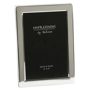 Silver Plated 4 inch x 6 inch Flat Edged Photo Frame